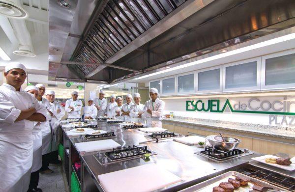 """Automercados Plaza's presenta su """"Sexto Diplomado en Cocina Profesional"""""""