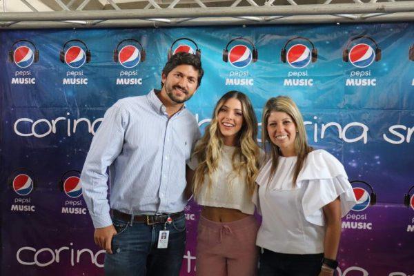 Pepsi cerró exitosa gira de firma de autógrafos de Corina Smith