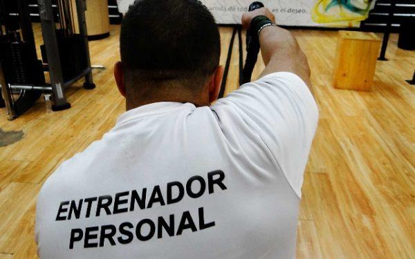 El personal trainer: una figura esencial en los gimnasios