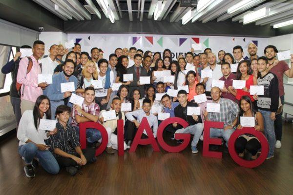 DIAGEO Venezuela gradúa una nueva cohorte de 111 estudiantes en Aprendiendo para la Vida