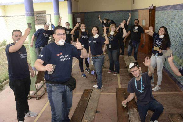 Voluntarios de Telefónica | Movistar dedicaron jornada solidaria para beneficiar a más de 1000 niños